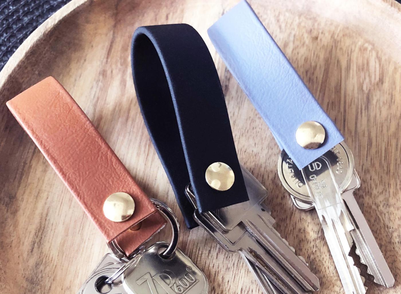 Schlüsselanhänger aus Biothane in braun, schwarz und graublau